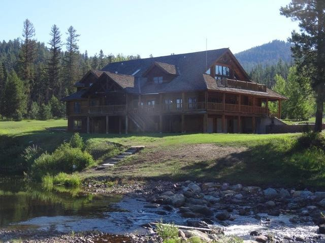 The Emily A Wildlife Lodge Property Photograph