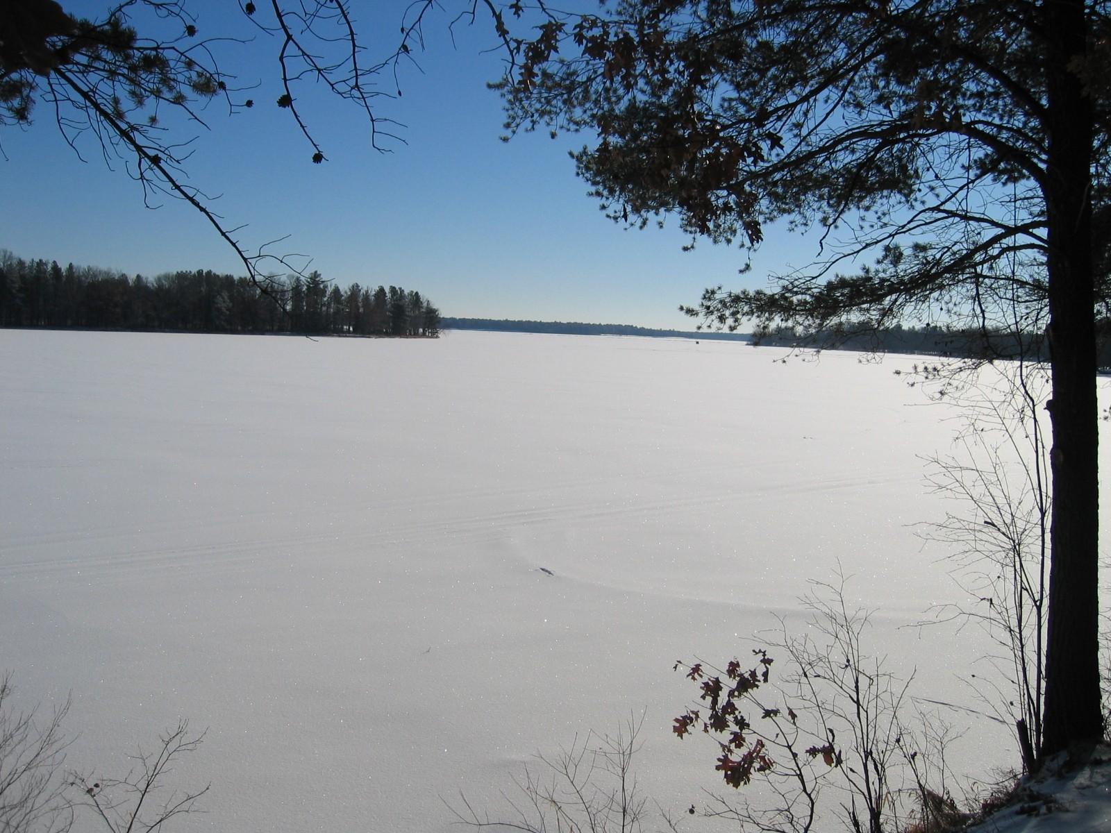 Lakeside Estate  Property Photograph