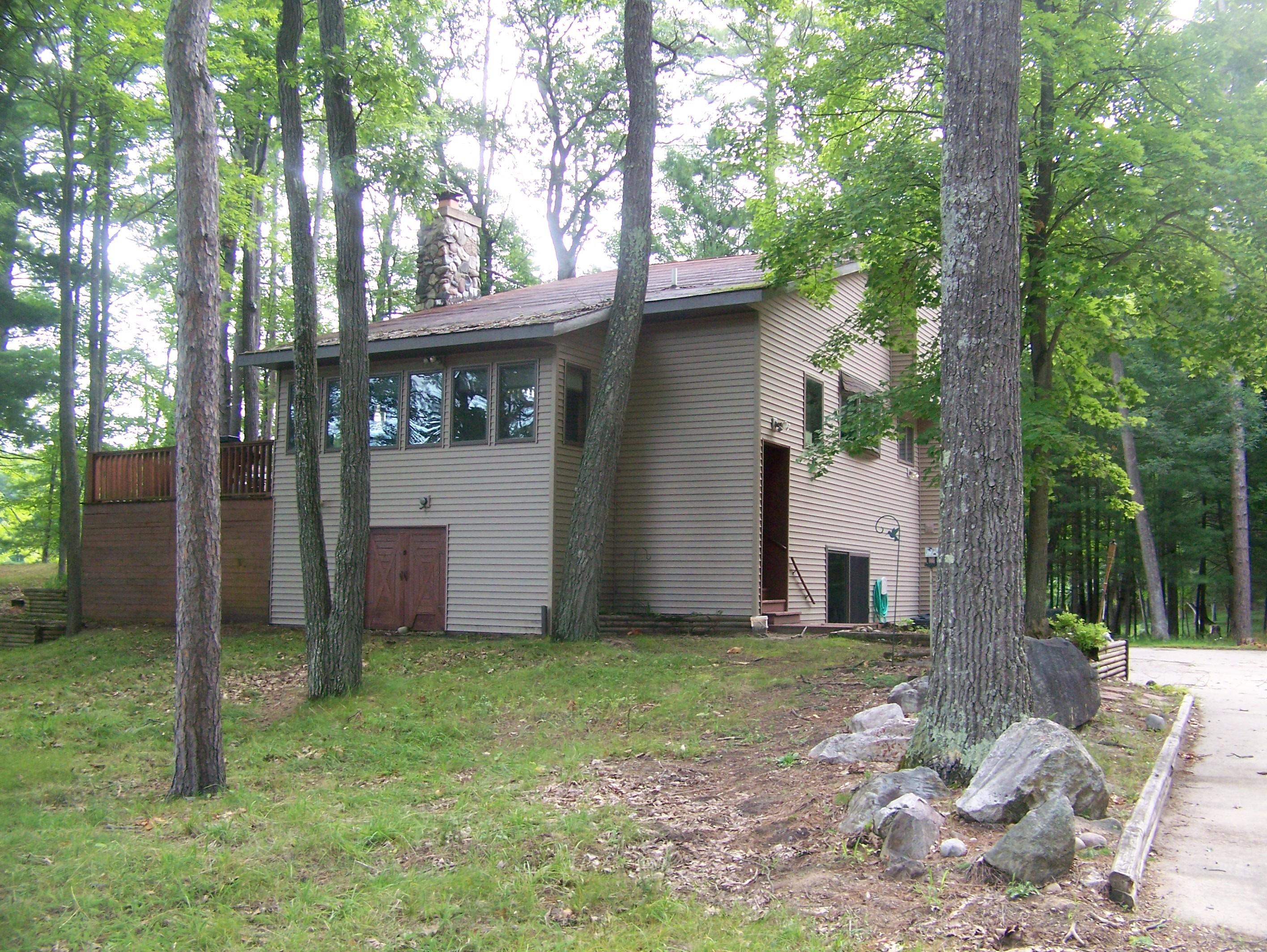 Strawberry Lake Lodge Property Photograph