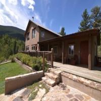 Bison Peaks Lodge