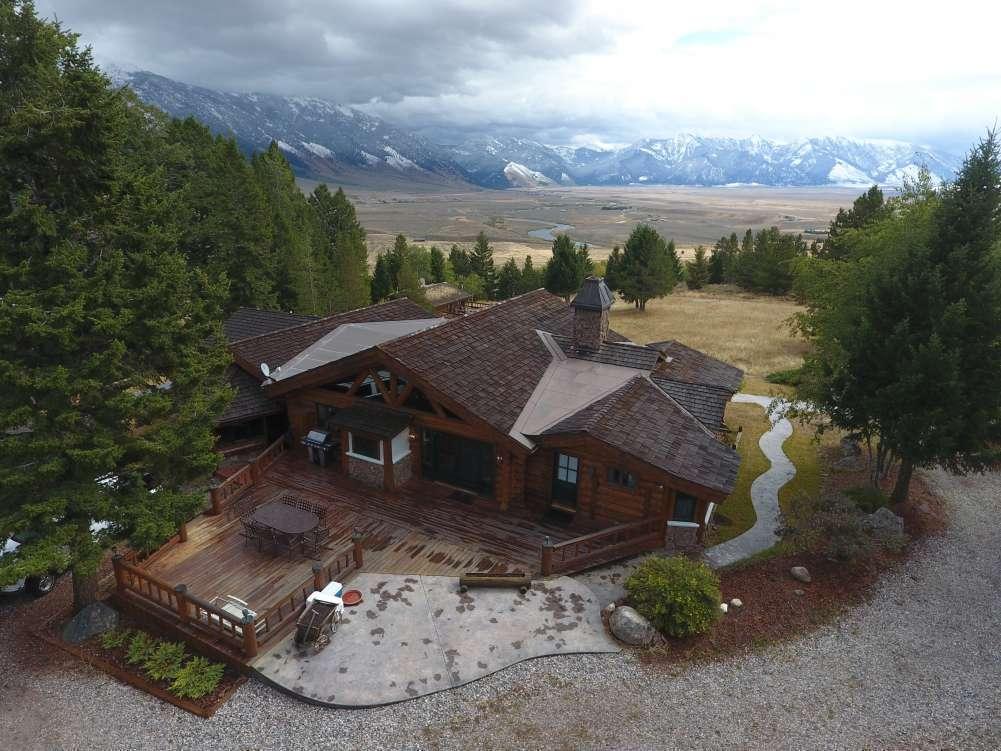 Sundance Bench Ranch Property Photograph