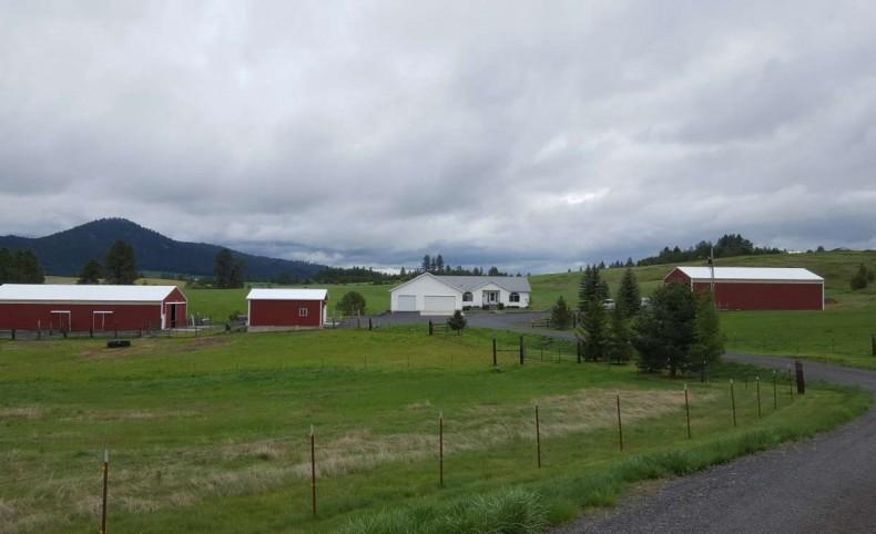 Latah County Farm Living!