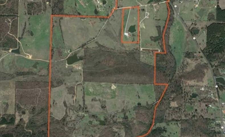 528 +/- Acre Cattle/Horse Farm Near Oaklawn Racing/Hot Springs w/ 2 Homes
