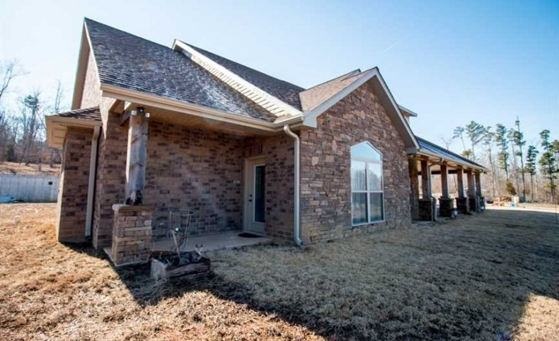 Home on 180 Acres For Sale in Ellsinore, Missouri, Butler County