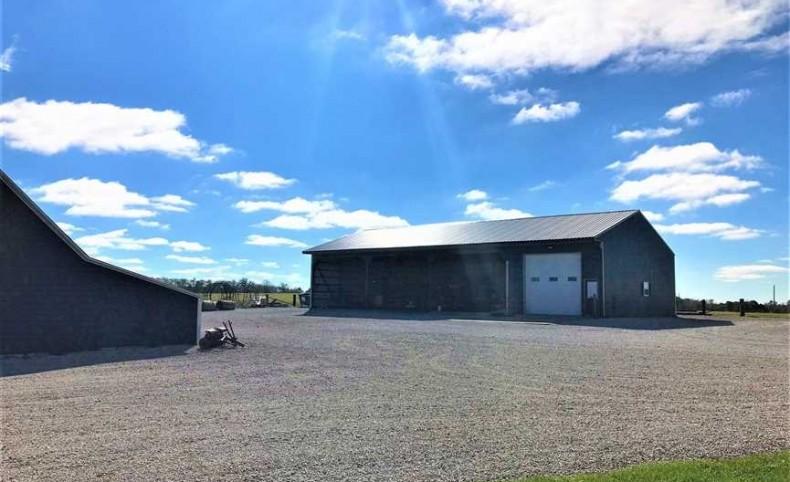 Leeton, Johnson County Missouri Move in Ready Cattle Ranch