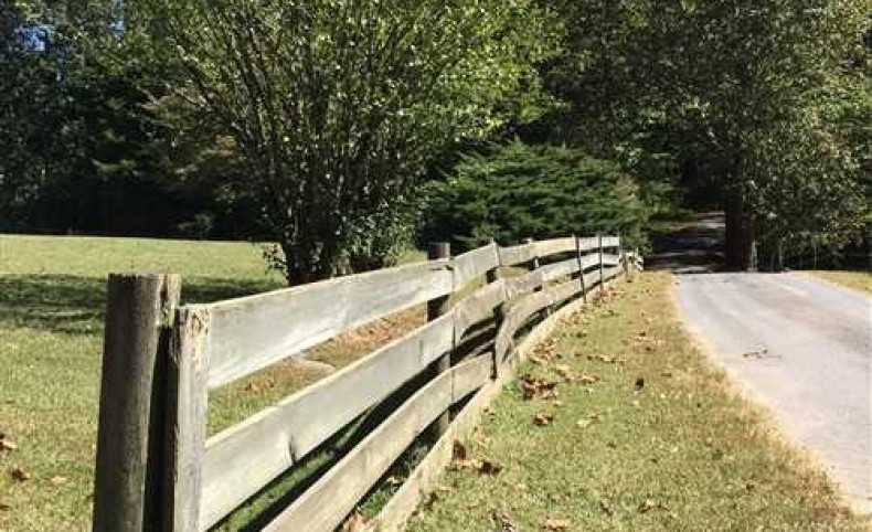 Large acreage in Poor Valley, East Tennessee. Grainger Co., Rutledge, TN. Excellent hunting/farm land with large home, circa 1865. Small hunting cabin and pond.
