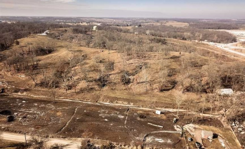 65 M/L acre high profile parcel located at the intersection of highway 61 and Warren Barrett Dr. call Shawn White with any questions 572-406-8826