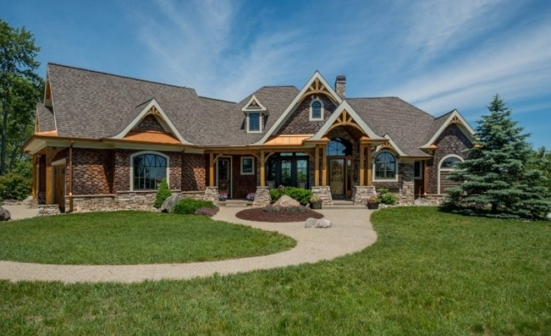Exceptional 90 Acre Equestrian Estate For Sale in Michigan