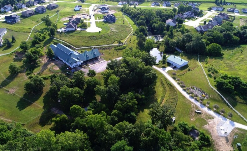 Remarkable 14-Acre Equestrian Facility For Sale in Pella, IA