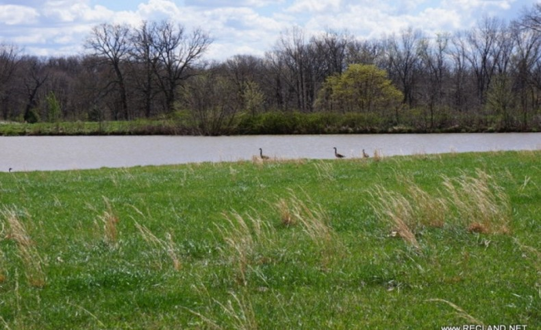 976 ac Scenic Missouri Home & Farm - Can Divide - PRICE REDUCED