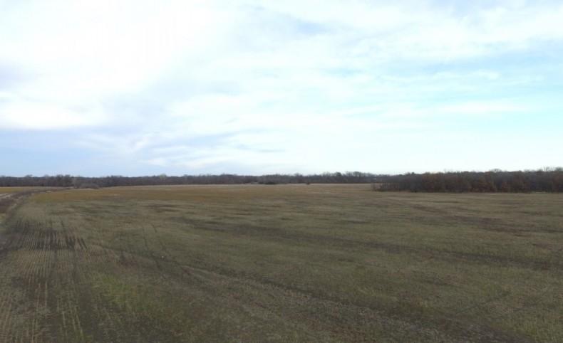 370 acres - Marais des Cygnes River Bottom