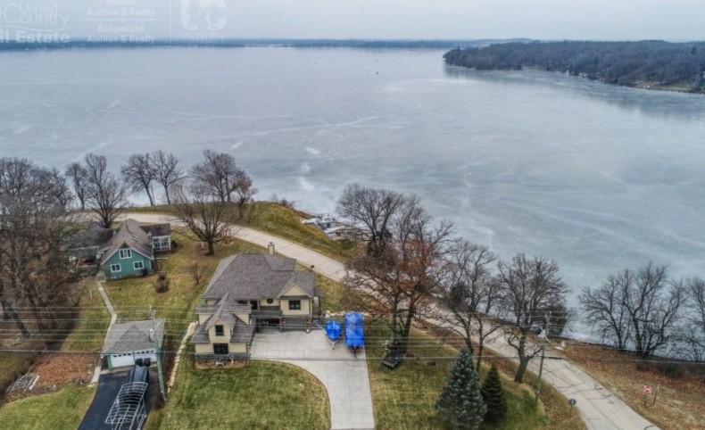 New Lakefront Home for sale in Lake Mills, WI â Rock Lake