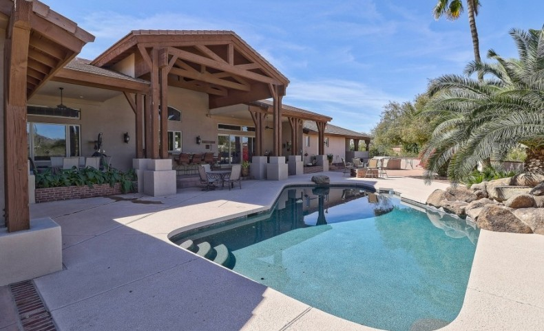 Scottsdale Equestrian Estate - 5 Acres in Central Scottsdale