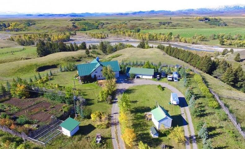 Del Rio, southwestern Alberta