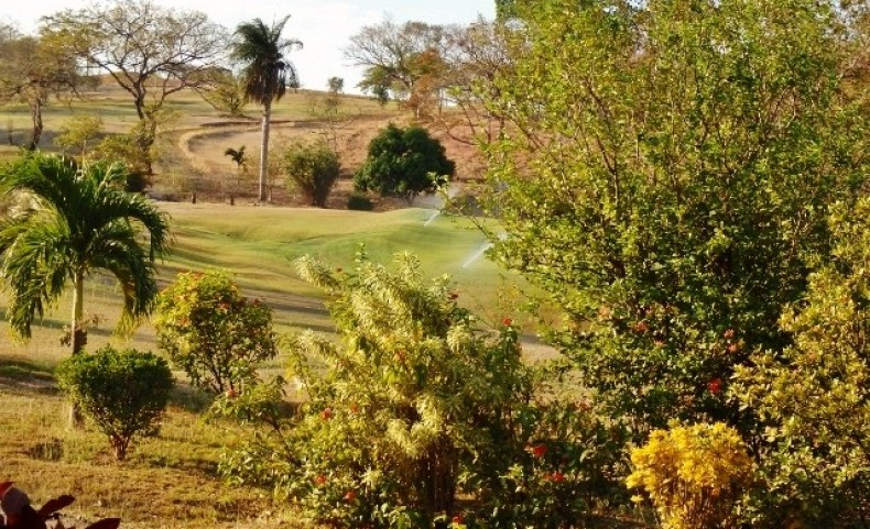 Costa Rica Golf Course Condo Lot 14 Units Approved