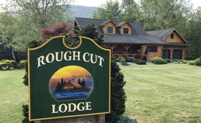 Rough Cut Lodge