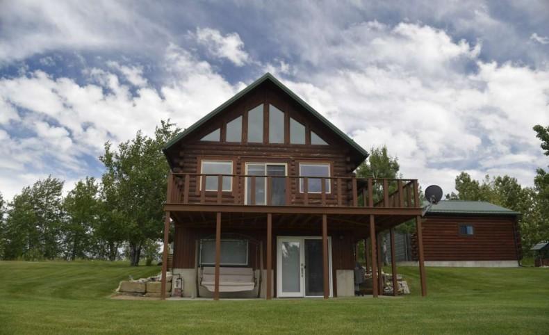 Beartooth Mountain Gated Community Cabin