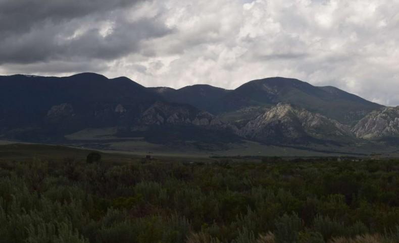 Beartooth View on Grove Creek