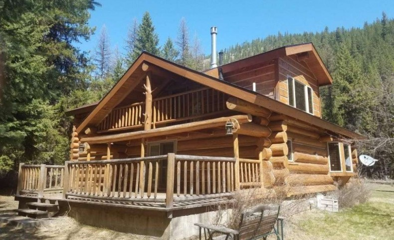 Pretty Cabin on Petty Creek