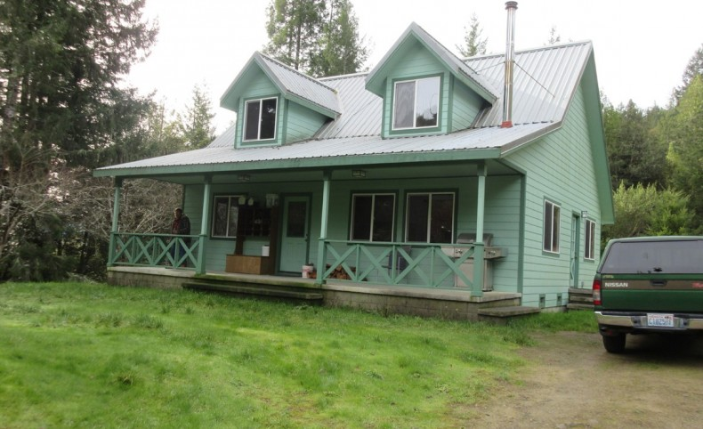 Maple Creek Home with Privacy on 3.49 Acres