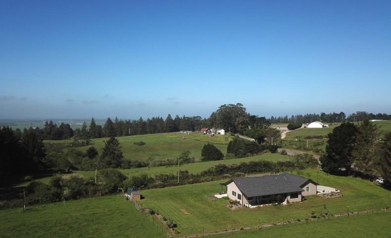 Modern upscale farmhouse on 23 acres