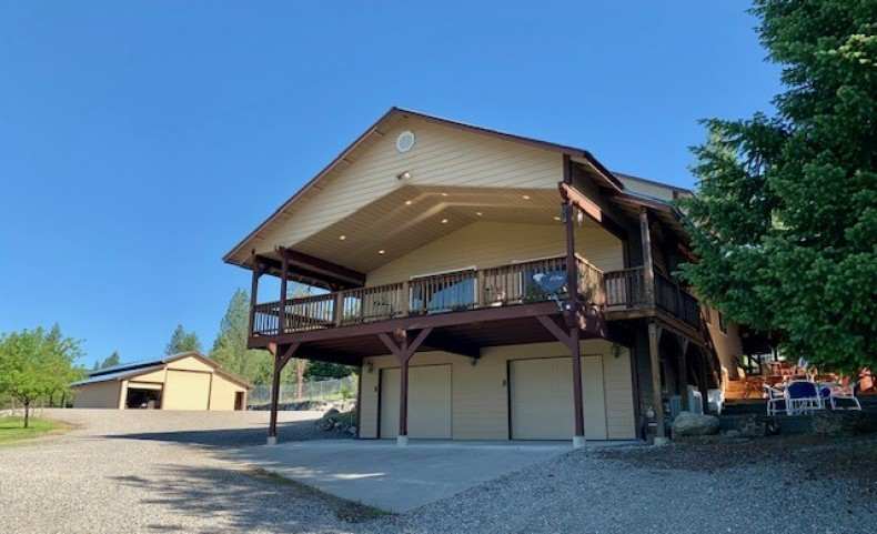 Active Living on 20 Acres in Trout Creek
