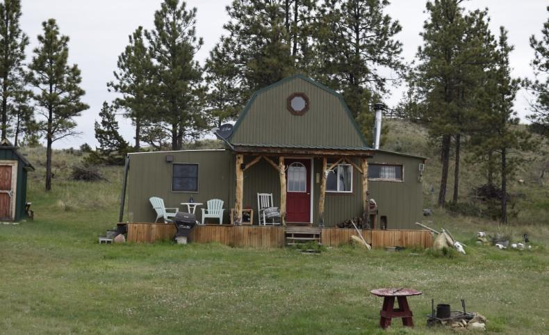 Crazy Horse Cabin