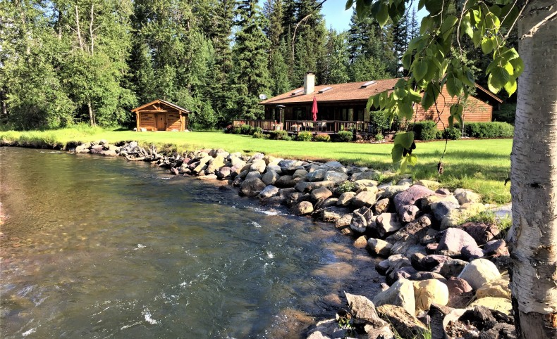 Western Montana Spectacular Riverfront Property