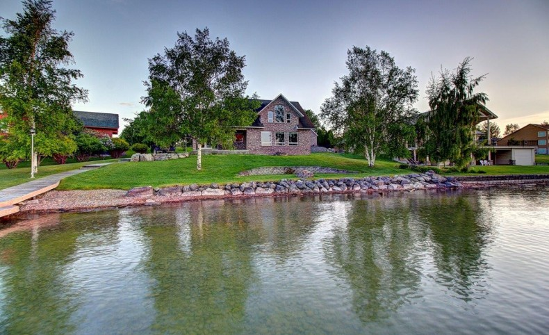 One-of-a-Kind Lakefront