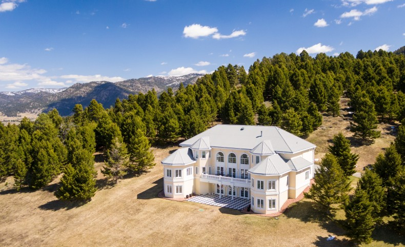 Bridger Canyon Villa