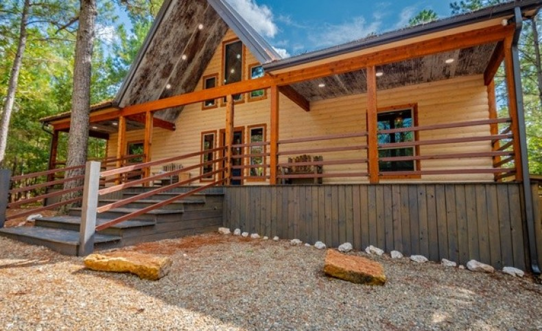 The Winslow Cabin at Broken Bow